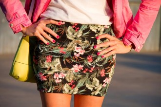 falda estampado tropical